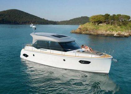 Bavaria E40, le bateau de croisière à propulsion hybride