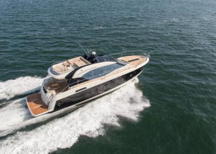 Monte Carlo 6S, le bateau moteur haut de gamme